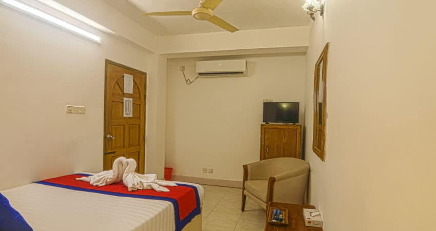 Economy Deluxe_hotel sea crown_Cox's Bazar