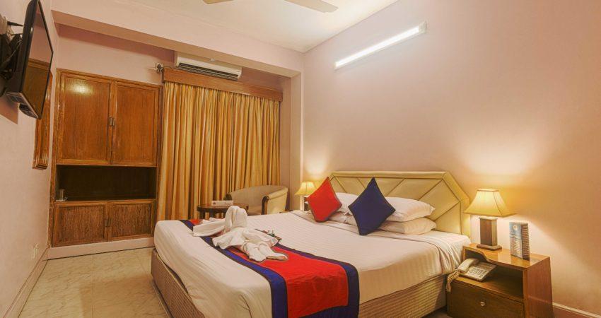 Super-Deluxe-room_Hotel-Sea-Crown_Cox's-bazar