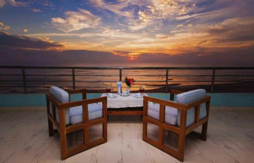 Hotel-Sea-Crown Belcony
