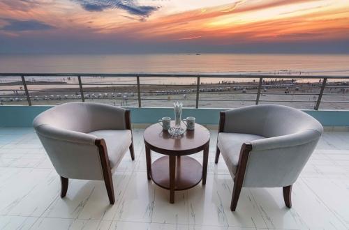View_hotel sea Crown_Cox's Bazar